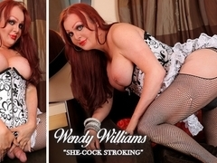 Wendy Williams in She-Cock Stroking - TransAtPlay