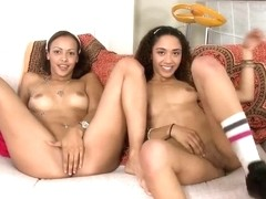 Teens Mimi Allen and Mitzy pleasure horny dude