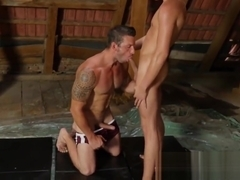 Muscular hunk fucking his slim twink lover on the practice c