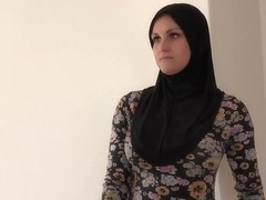 hijab girl ends it with big facial