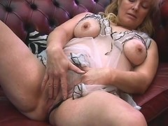 Video from AuntJudys: Cindy