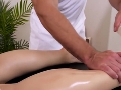 Kimber Woods Gets Sixty Nine And Banging From Masseur