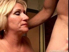 Perverted aged playgirl Molly gives a sloppy rimjob