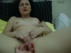 Shy and stunning wife Vika video exposed