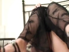 Cindy Dollar masturbating muff