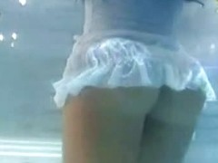 Sexy upskirt footage with a great bubble ass in panties