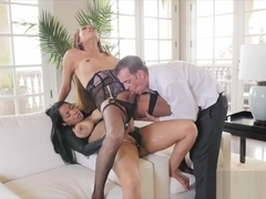 Havana Ginger has a threesome with shemale Jessica Fox