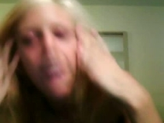 Skinny Blond Teenie play with her cunt