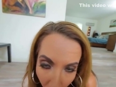 Richelle Ryan makes the dude cum with her ass