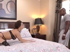 Mandingo's big black cock makes Ashley Adams squirt