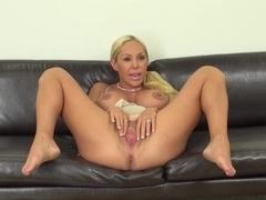 porno star mary carey nude