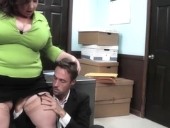 Mature, chubby woman, Lady Lynn got fucked in her office and liked it a lot